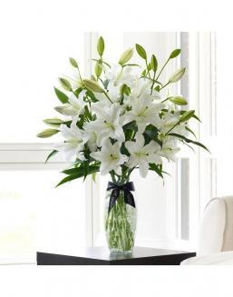 Bouquet of a lilies 51 and 101 pieces | Delivery and order flowers in Almaty