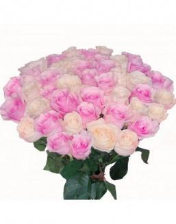 Bouquet of roses: pink and cream | 35 dutch roses,cornflowers to women on International Women's Day flowers
