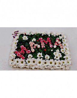 Composition for mother of a chrysanthemum and roses | 101 roses expensive flowers