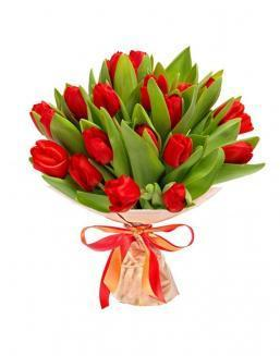 Bouquet of 25 red tulips | Delivery and order flowers in Almaty